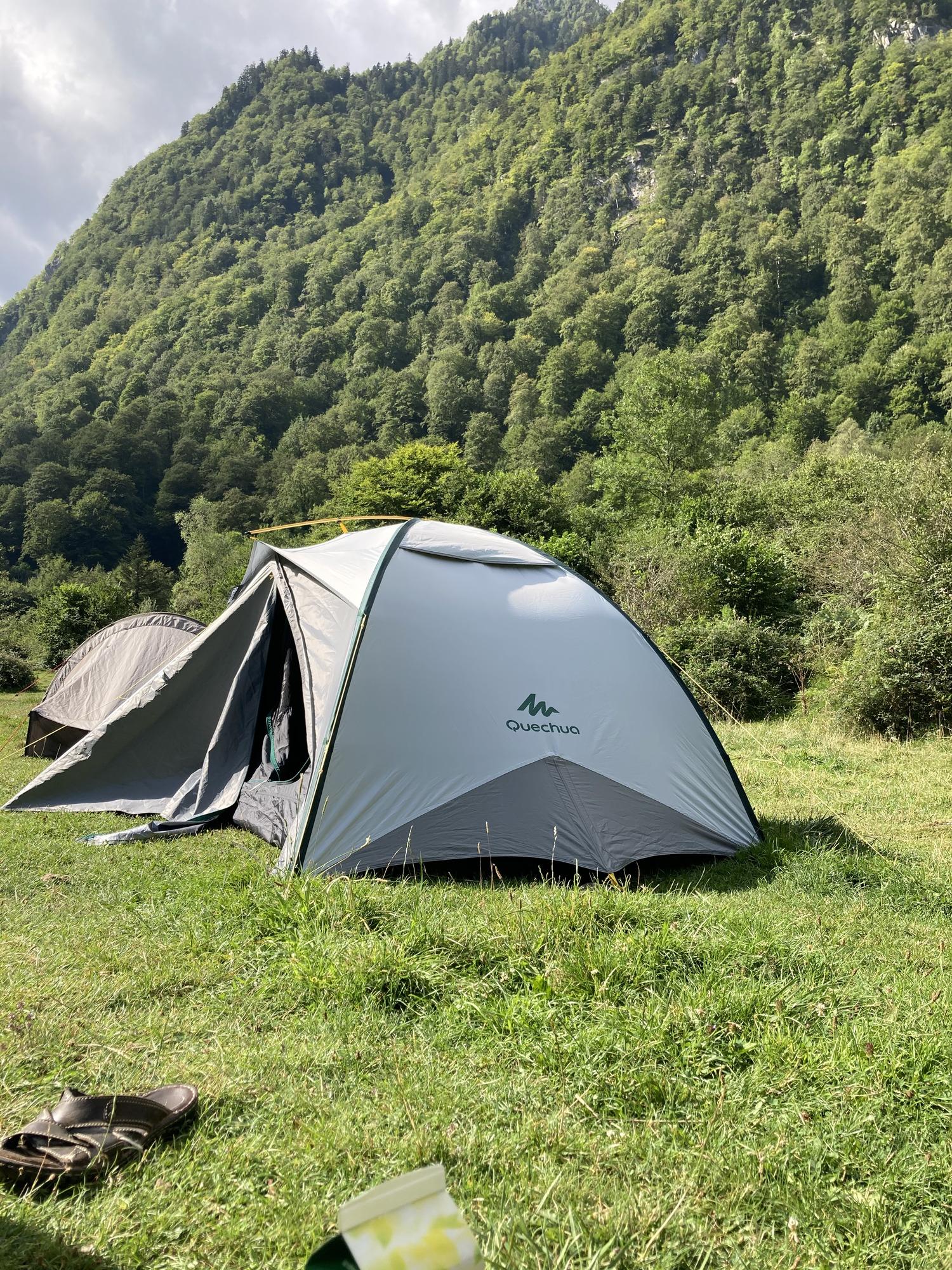 Quechua Quick Hiker 3 Fresh and Black