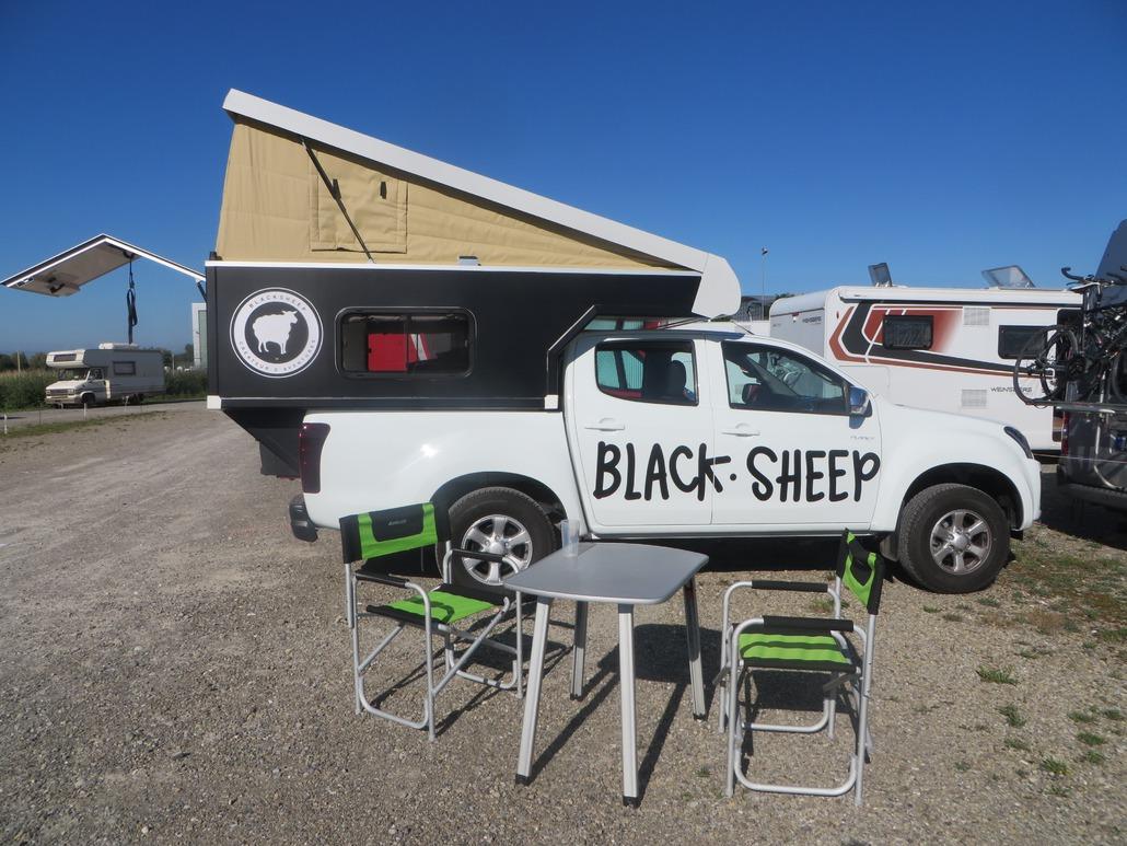 Blacksheep VAN Black Up