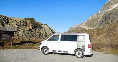 Evasion automnale pour nos testeurs grâce aux séjours Blacksheep Van