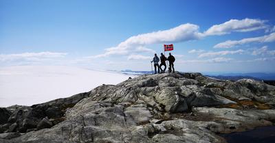 Holmaskjer : une alternative à l'autoroute touristique de Trolltunga en Norvège